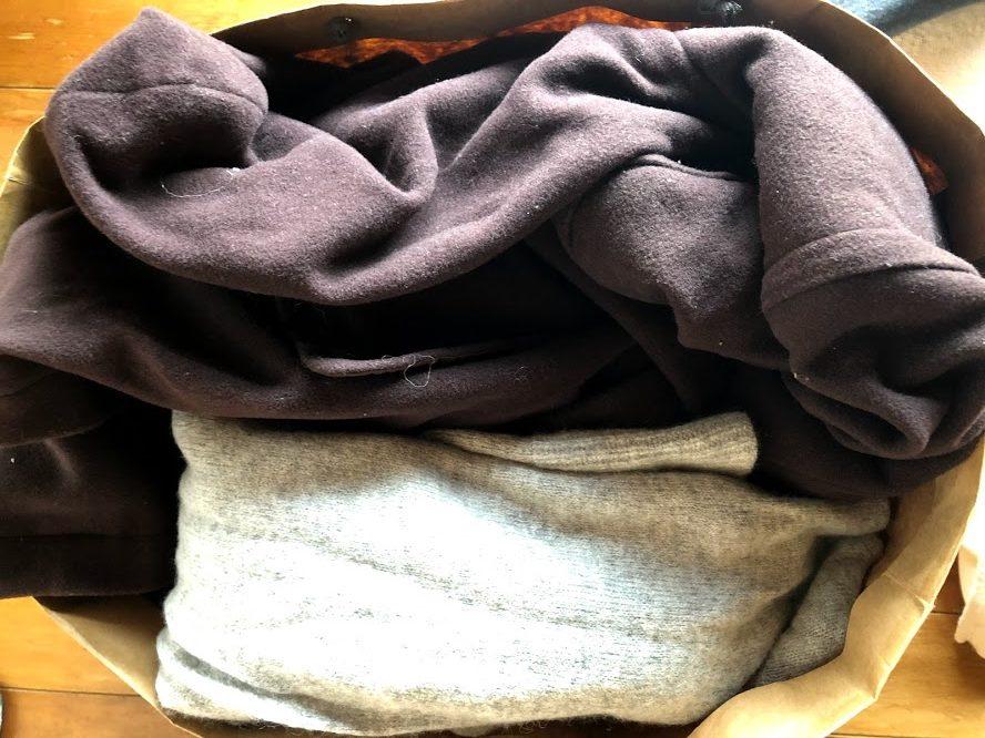 セカンドストリートに買取依頼した大量のノーブランドの服